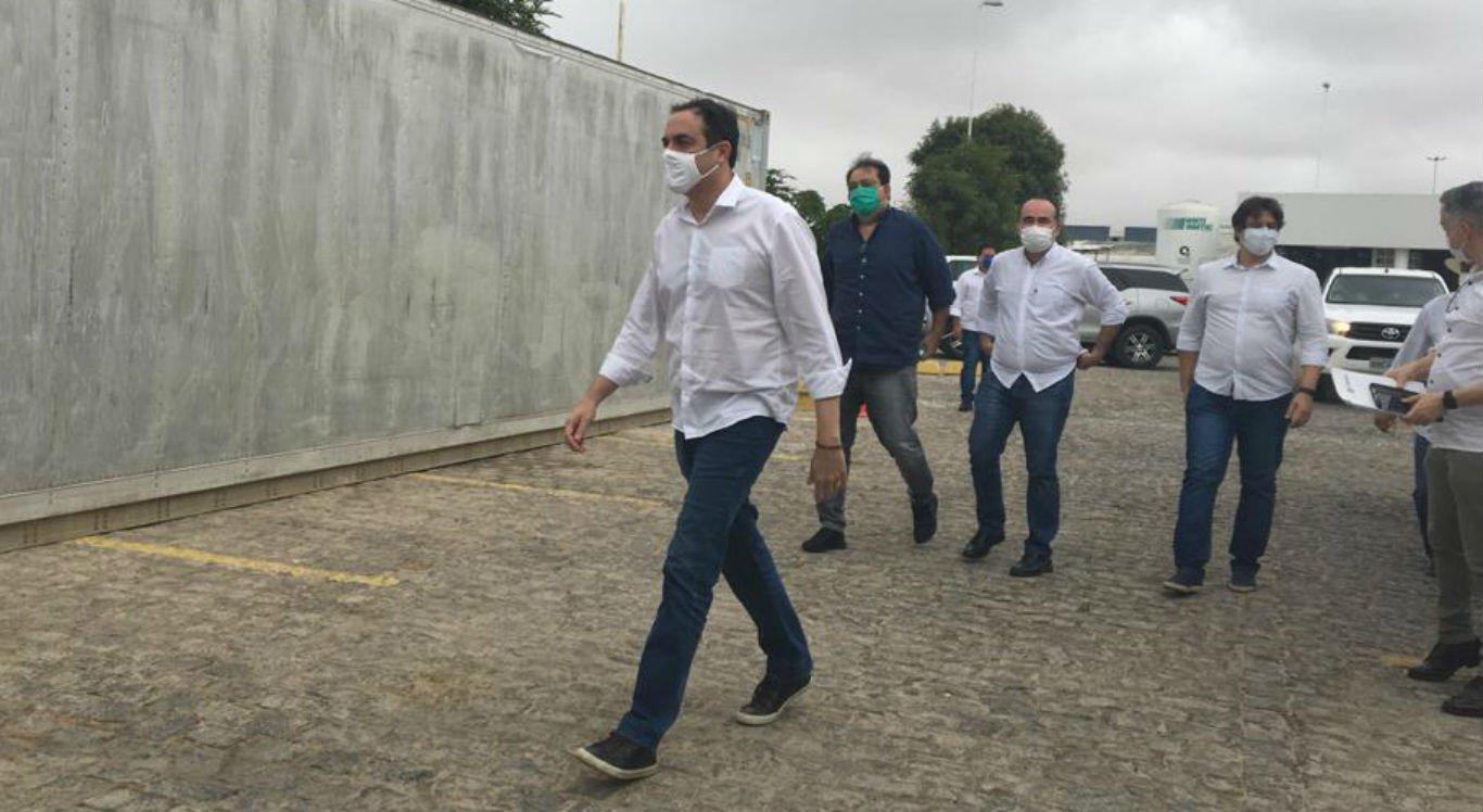 Governador de Pernambuco, Paulo Câmara, em visita a Petrolina