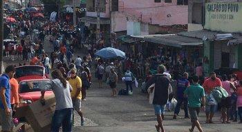 Feira da Sulanca registra movimento intenso mais uma vez