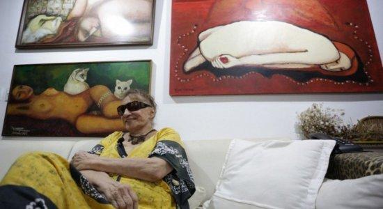 Tereza Costa Rêgo, artista plástica, é enterrada em Santo Amaro