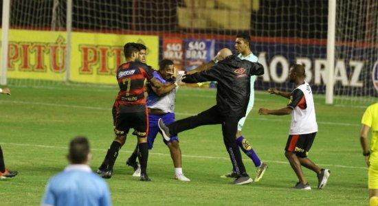 Massagista do Vitória presta queixa contra Adryelson do Sport