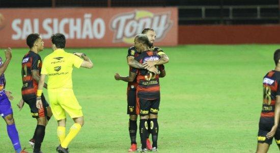 Em jogo brigado e com desempenho abaixo, Sport vence Vitória no quadrangular do rebaixamento