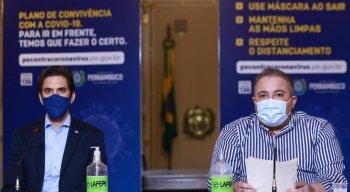 secretário estadual de desenvolvimento econômico, Bruno Schwambach (E), e secretário estadual de saúde, André Longo (D).