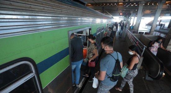 Falha na linha Centro do metrô do Recife provoca lentidão na circulação de trens na manhã desta quinta (17)