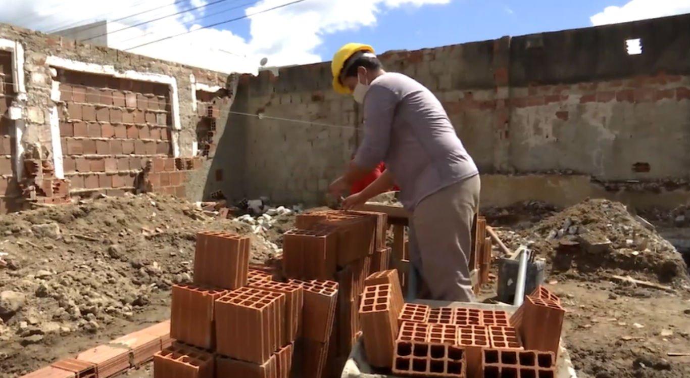 Construção civil realiza contratações, mesmo durante pandemia