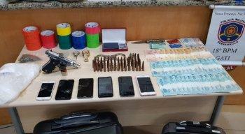 Parte do material apreendido foi encontrada dentro de um apartamento em Boa Viagem, na Zona Sul da capital