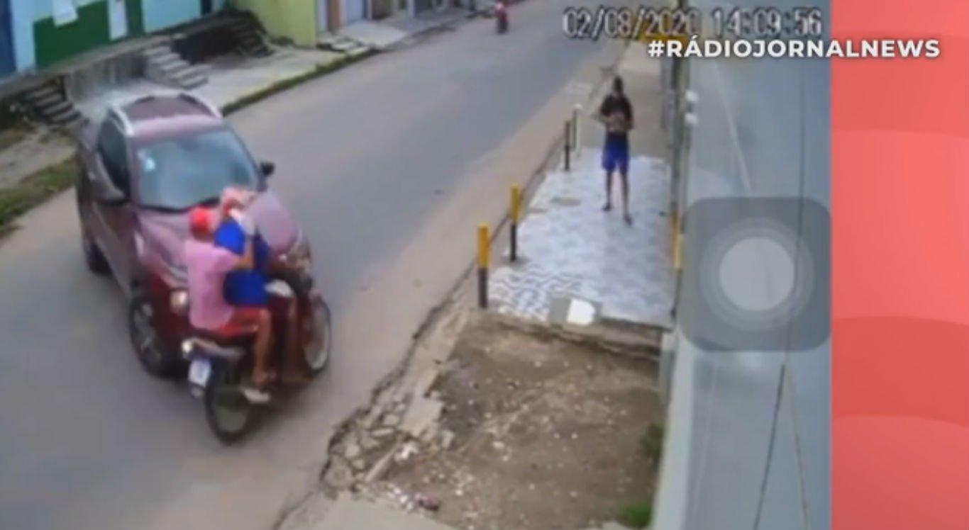 Acidente aconteceu no bairro do Cajá, em Vitória de Santo Antão