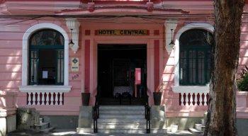 O Hotel Central fica no bairro da Boa Vista, centro do Recife