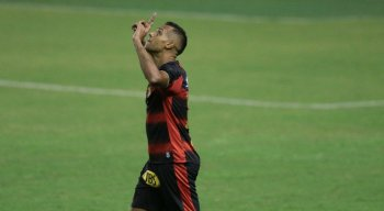 Elton marca duas vezes e Sport vence o Ceará na estreia do Campeonato Brasileiro