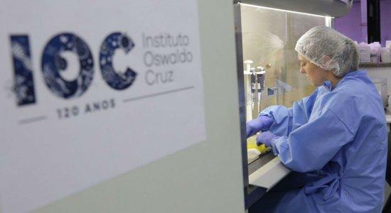 Fiocruz: pandemia mantém média de mil vítimas do coronavírus por dia no Brasil
