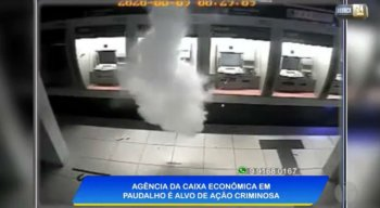 Vídeo mostra bandidos explodindo agência da Caixa em Paudalho