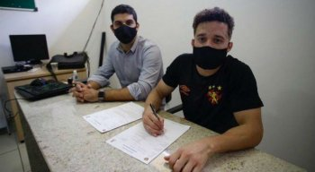 Lcuas Venuto assinou contrato até o final do Brasileiro de 2020.