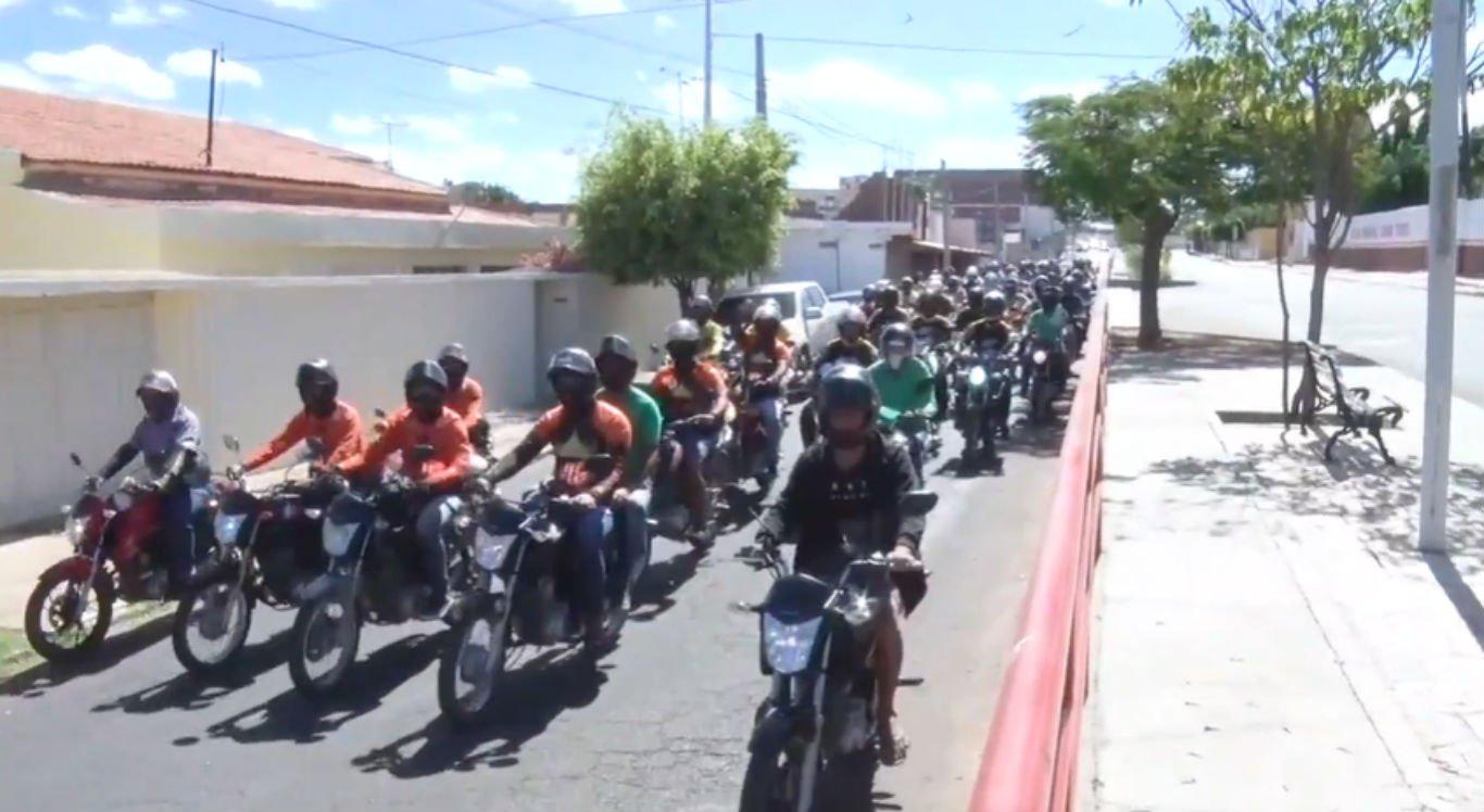 Protesto de mototaxistas em Serra Talhada