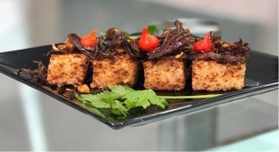 Saiba como fazer Dadinho de Tapioca com Carne Seca do chef Rivandro França, no Sabor da Gente