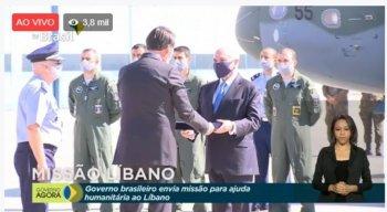 Bolsonaro e Michel Temer em solenidade da comitiva brasileira que partiu em missão humanitária ao Líbano