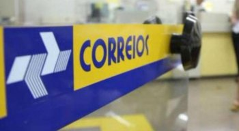 Carro dos Correios é alvo de assalto em Caruaru