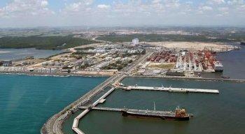 Vista aérea do Porto de Suape, no Litoral Sul de Pernambuco