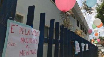 Manifestação em apoio da criança foi realizada no Cisam, no Recife