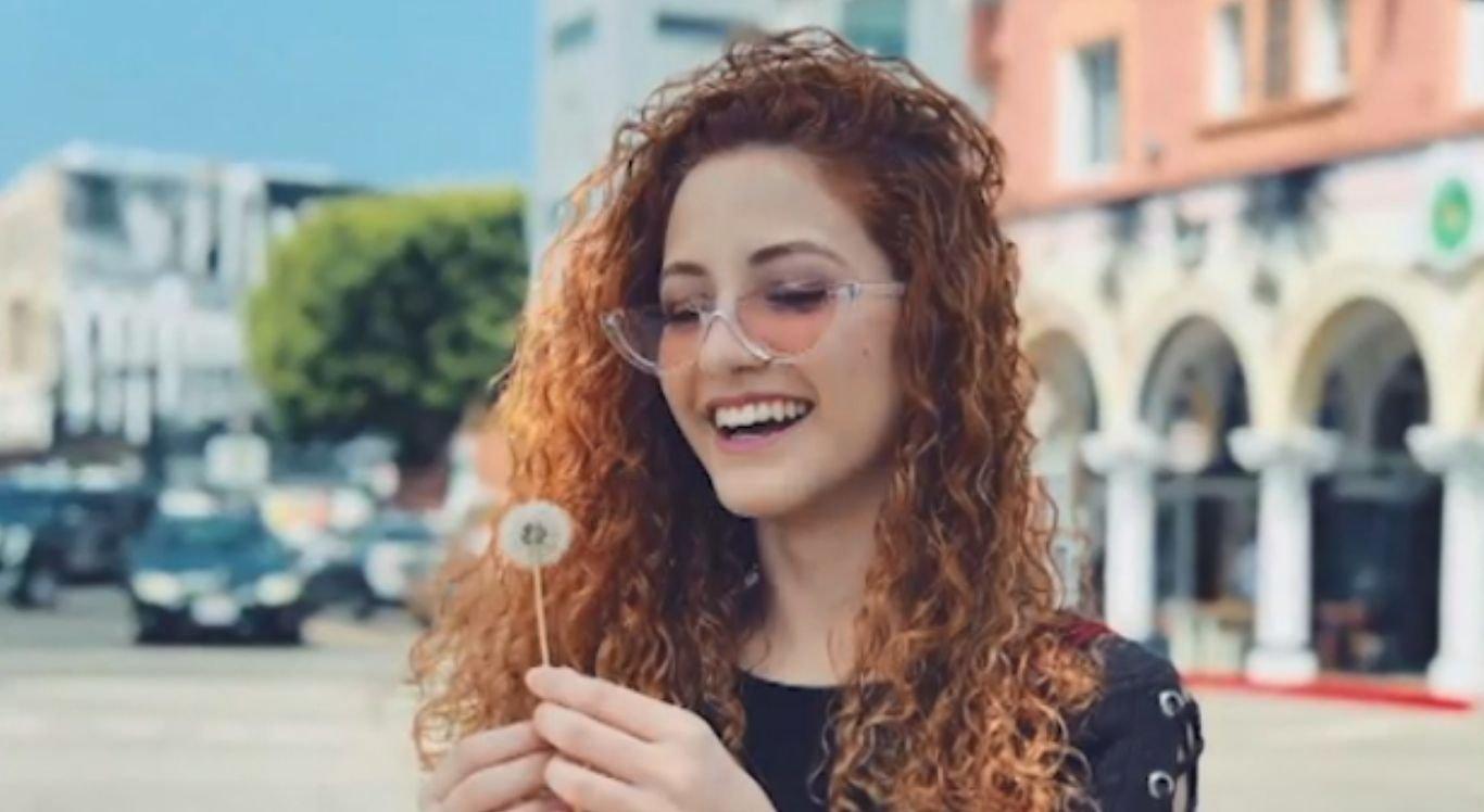 Andressa Fontinele possui 3,7 milhões de seguidores na rede social do momento, o TIKTOK