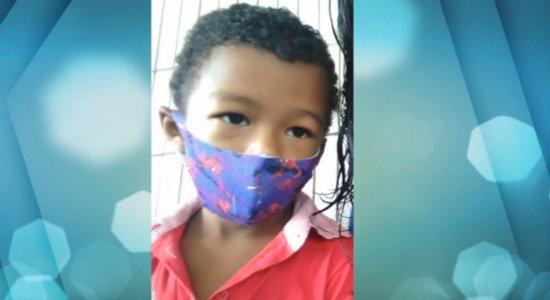 Familiares de menino que morreu prestam queixa contra médico de UPA