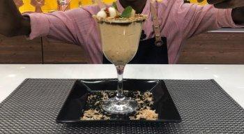 A gente tá com água na boca só de ver a foto desse doce pernambucano, do chef Rivandro França