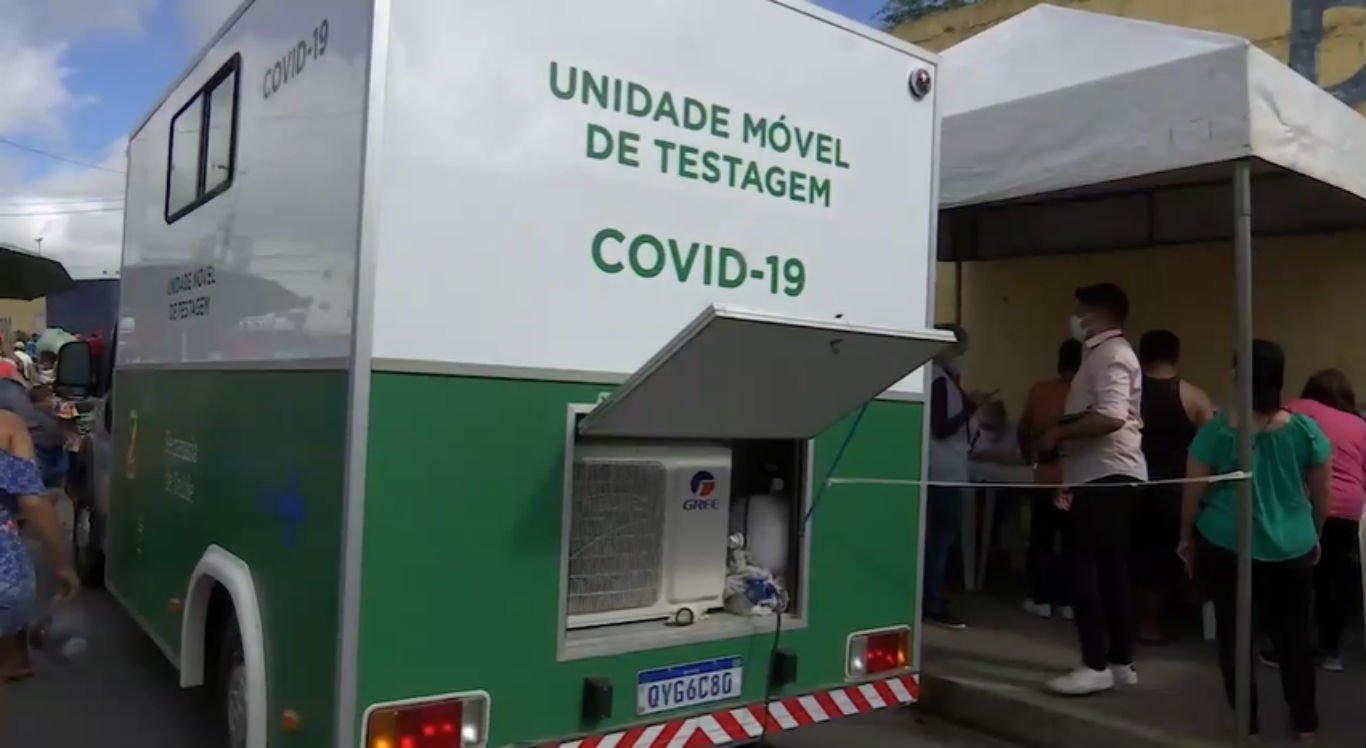 Unidade Móvel de Testagem da Covid-19 na Feira da Sulanca