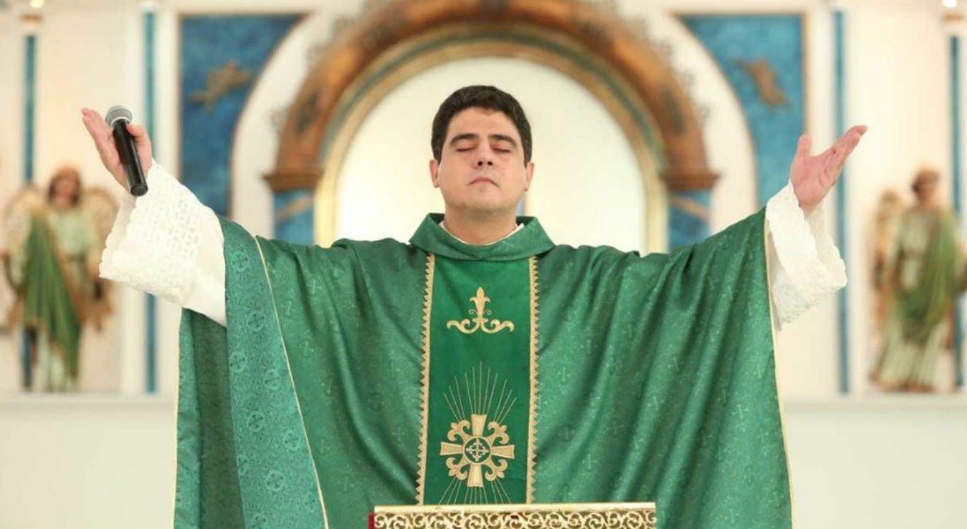 Padre Robson era reitor do Santuário Basílica do Divino Pai Eterno