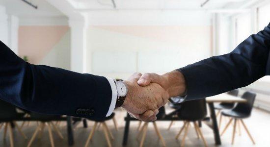 Multinacional oferece 500 vagas de emprego; veja como se candidatar