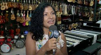 Jéssyca Paixão é cantora profissional desde os 15 anos de idade