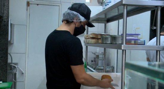 Hamburgueria na Zona Norte do Recife supera crise com mudanças diante da pandemia