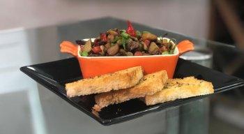 Receita de Antepasto de Berinjela com Carne de Sol, preparada pelo chef Rivandro França