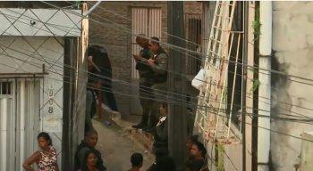 O crime aconteceu em uma escadaria no bairro do Ibura, na Zona Sul do Recife