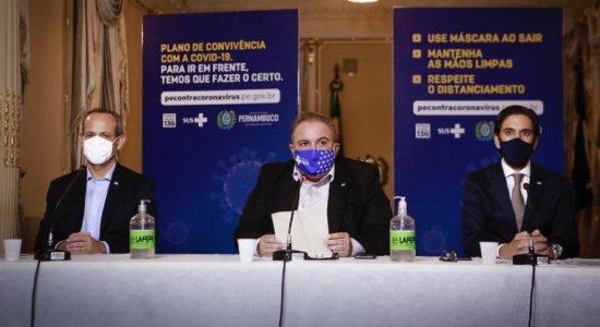Drive-thru para testes do coronavírus é disponibilizado no Centro de Convenções