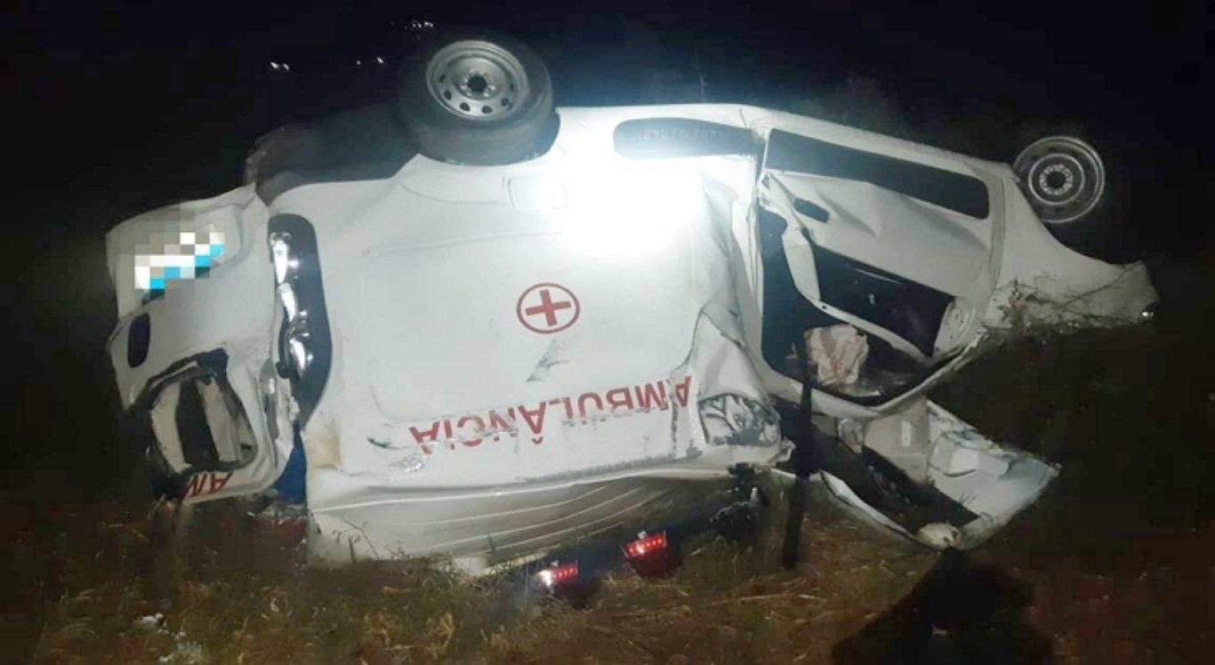 Ambulância envolvida no acidente em Belo Jardim