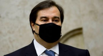 Presidente da Câmara, Rodrigo Maia, tem sintomas brandos da covid-19 e trata-se em casa