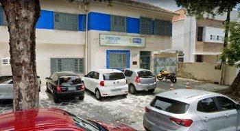 A sede do Procon Recife está localizada na Rua Carlos Porto Carreiro, 156, no bairro do Derby
