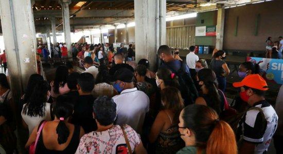 Rompimento de cabo causa transtornos a usuários da Linha Centro do Metrô do Recife