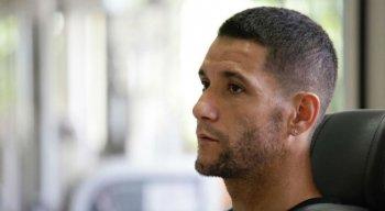 Thiago Neves treinou no CT do Sport na manhã desta sexta-feira (18)