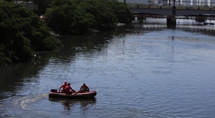 Corpo de adolescente, que pulou em rio no Recife, é encontrado por pescadores