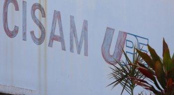 Menina foi internada no Centro Integrado de Saúde Amaury de Medeiros (Cisam-UPE)