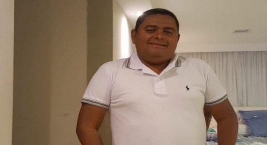 Dor e tristeza marcam enterro do presidente da Escola de Samba Acadêmicos do Morro morto a tiros no Recife