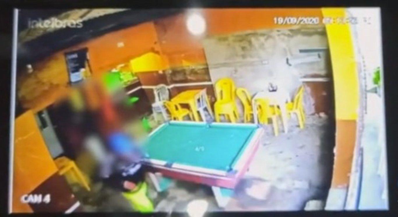 Crime ocorreu dentro de um bar
