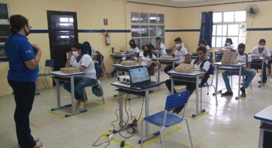 Sindicato dos professores entra na Justiça para impedir retorno das aulas presenciais em Pernambuco