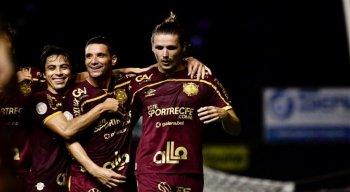 Na estreia do meia Thiago Neves pelo Sport, quem decidiu foi Iago Maidana