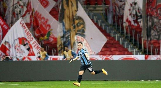 Libertadores: Em 100º jogo pelo Tricolor, Pepê decide Grêmio x Internacional
