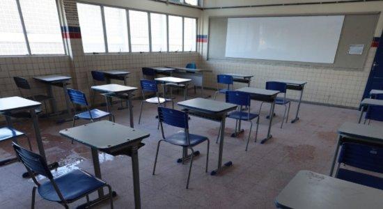 Professores da rede pública de Pernambuco pretendem suspender aulas presenciais e remotas
