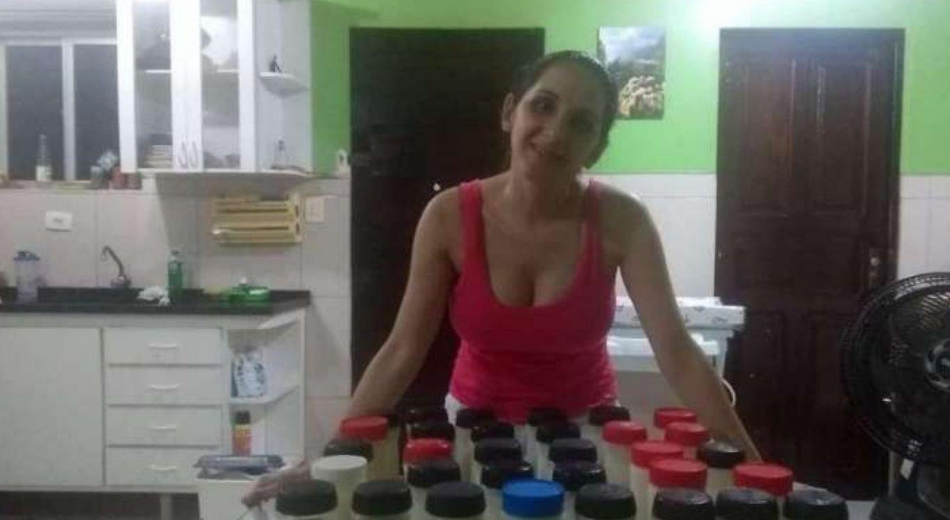Conhecida como a maior doadora de leite materno no Brasil, Michele Maximino foi ridicularizada pelo apresentador, na época da TV Bandeirantes, em 2013