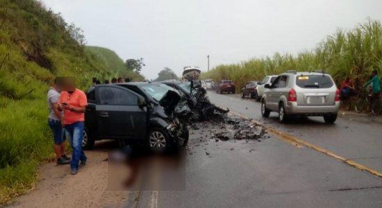Sargento dos Bombeiros e esposa morrem após acidente na PE-60, em Ipojuca