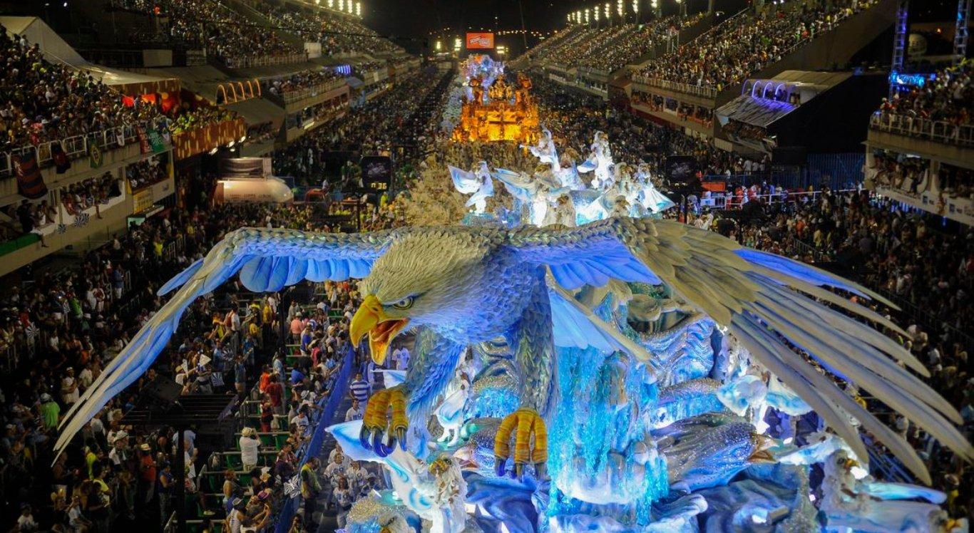 Desfile das escolas de samba do Rio são adiados