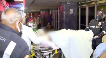 A adolescente foi atingida por golpes de faca e internada no Hospital da Restauração.