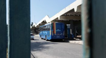 Os moradores de Rio Doce, em Olinda, também reclamam do grande atraso nas outras linhas que circulam no terminal do bairro